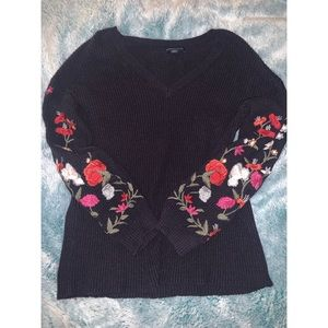 American Eagle flower embroidered sweater